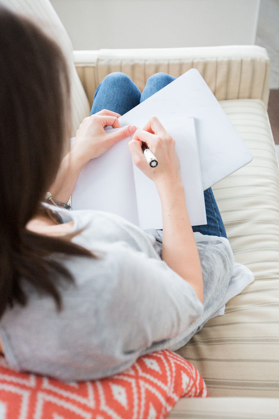 Dedykacja do książki - jak pisać, dlaczego warto używać cytatów
