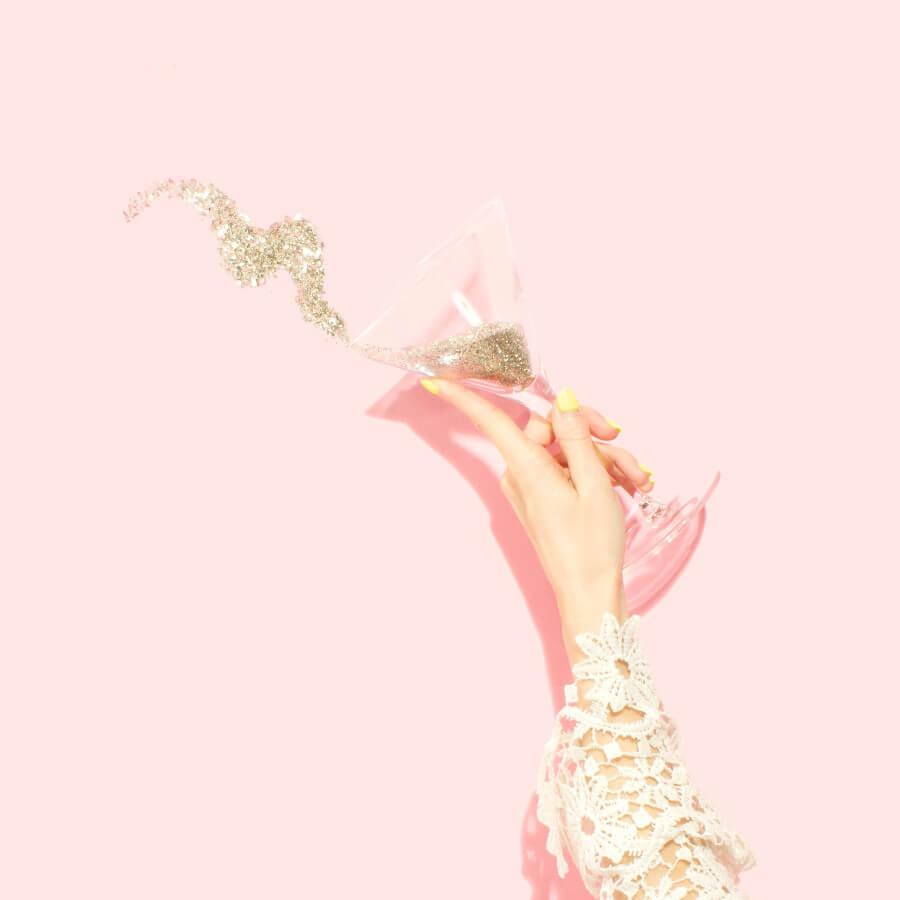 jak zacząć dobrze rok  szampan