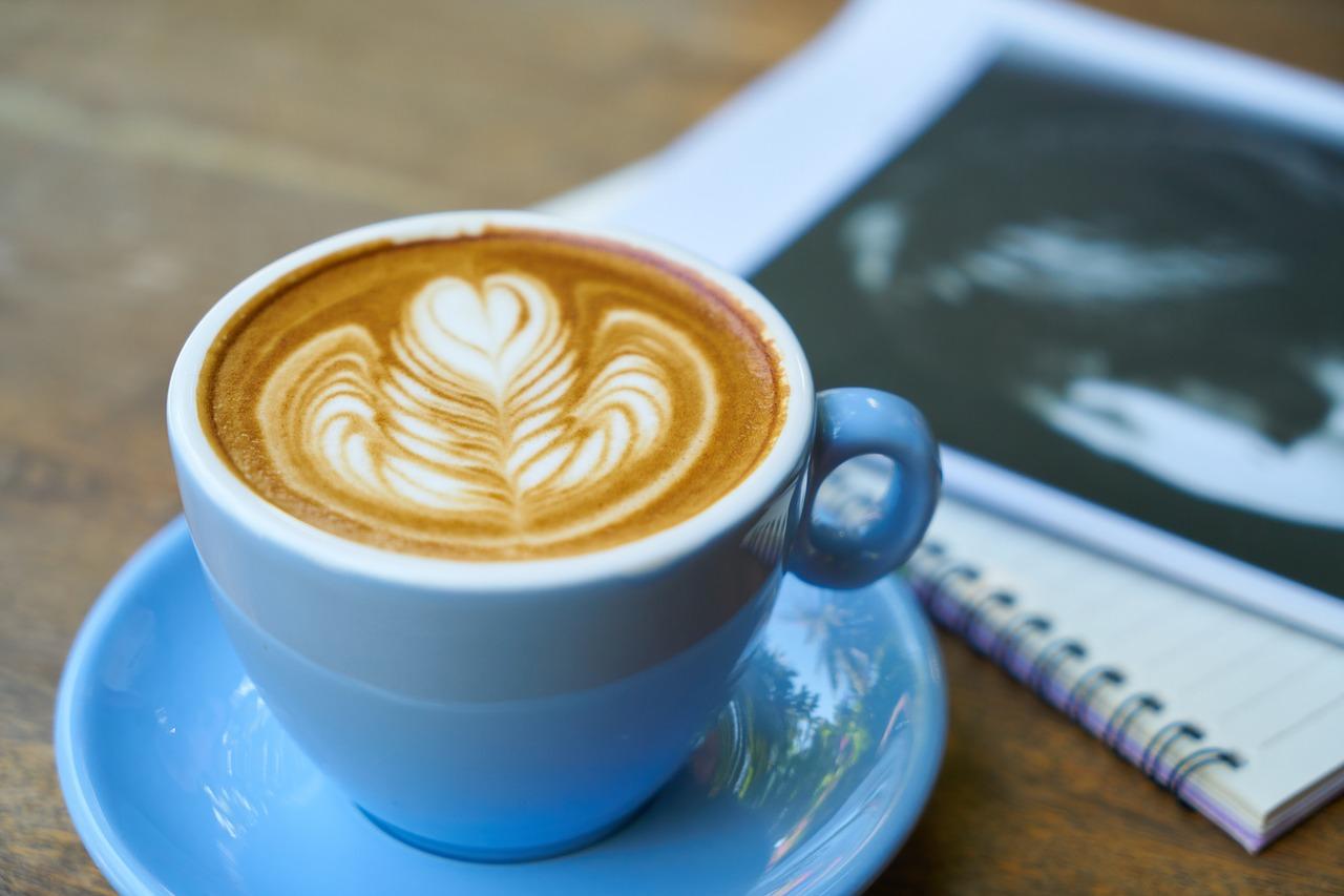 spotkanie książkoholików - kawa