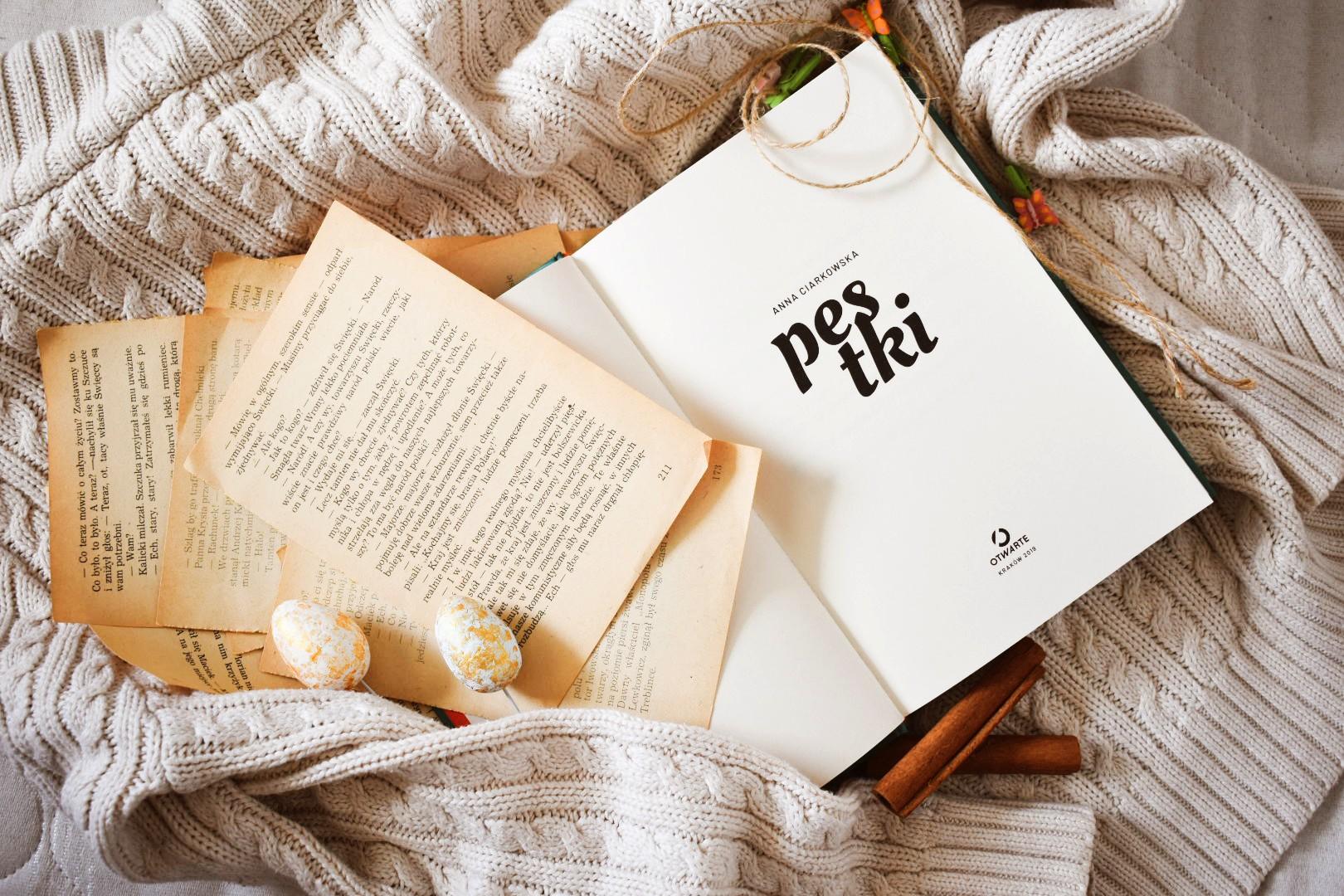 Pestki_książka